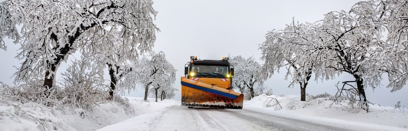 snow plow o road